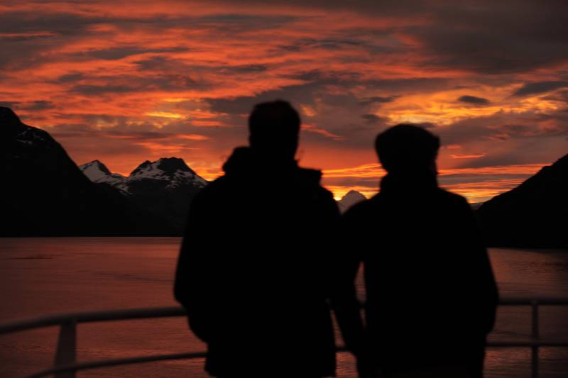 patagonia sunset australis cruise