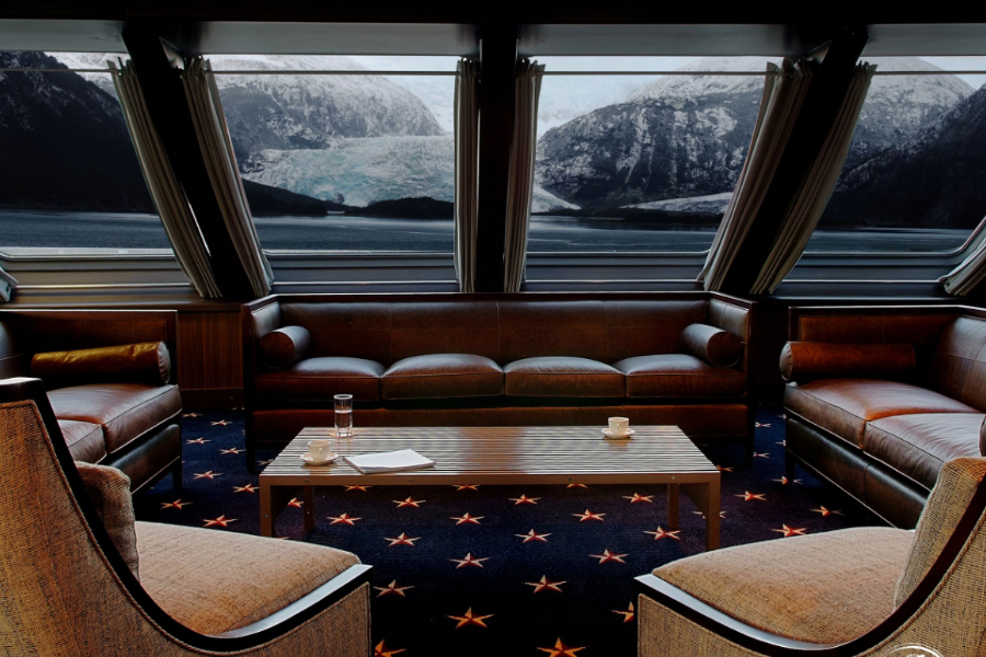 Lounge on board the Stella Australis.