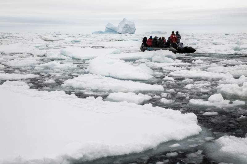 Zodiac cruise in antarctica