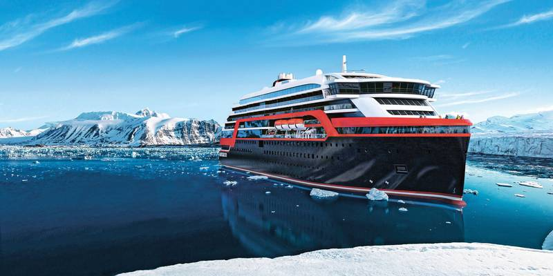 hurtigruten-roald amundsen antarctic cruise ship