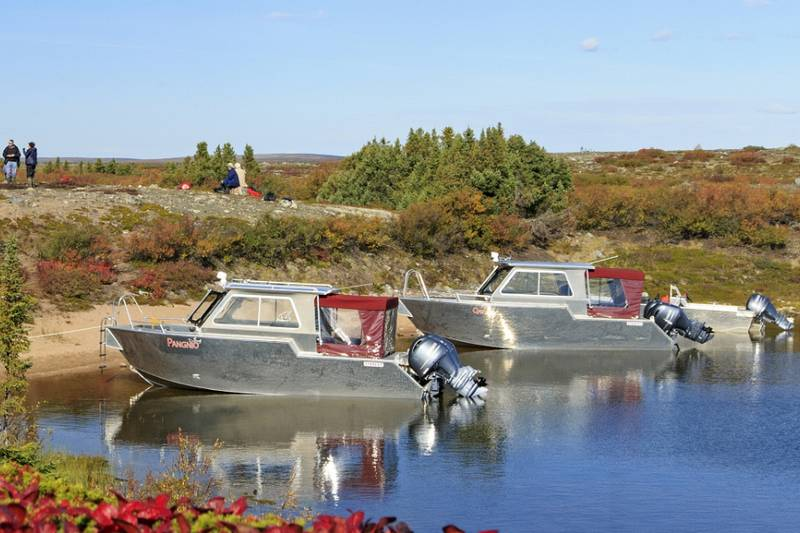 Arctic Haven Lodge boats