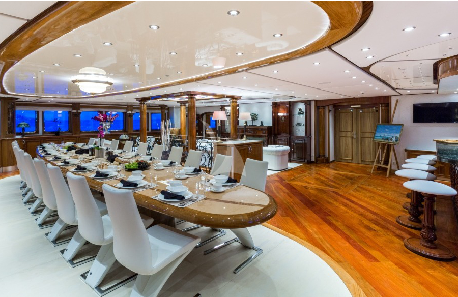 legend dinning room