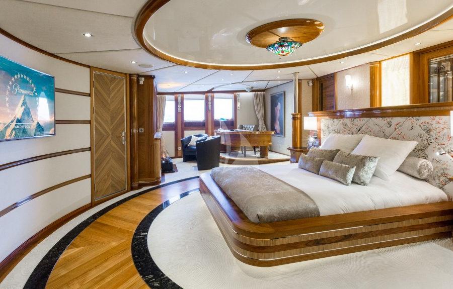 legend master suite