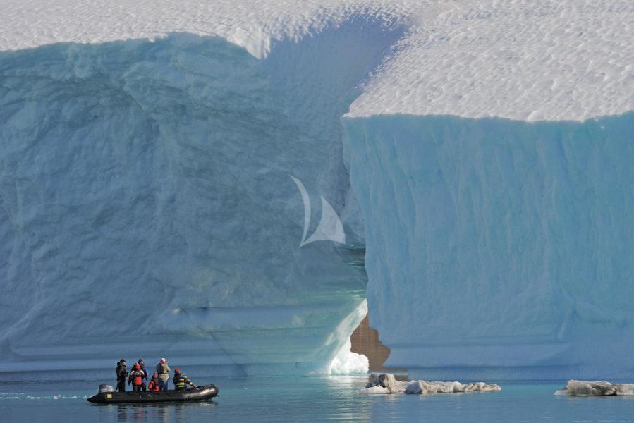 legend exploring antarctica