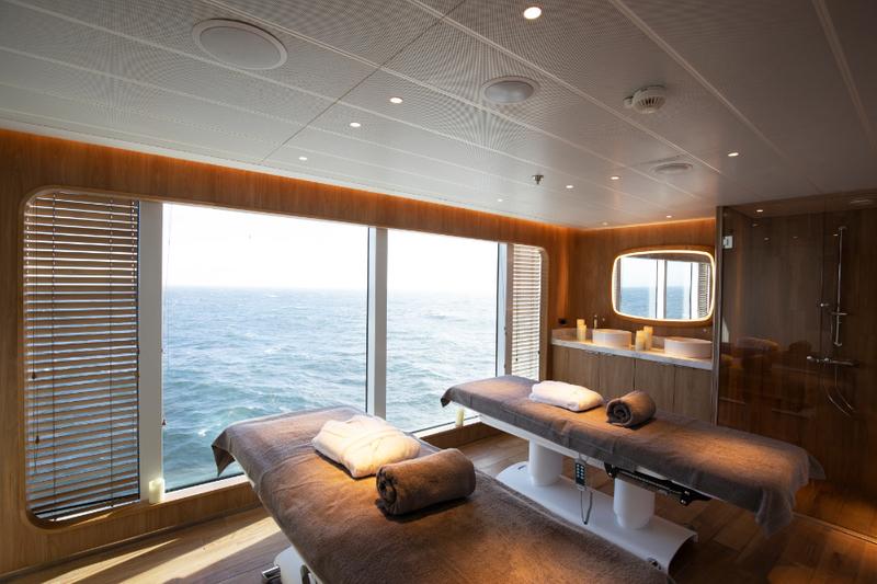 Ponant - Explorer vessel
