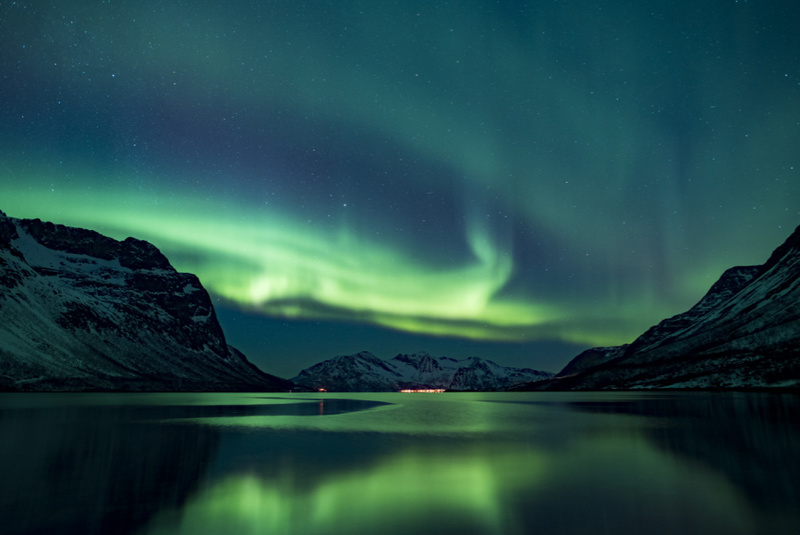 Waterproof expeditions - northern lights
