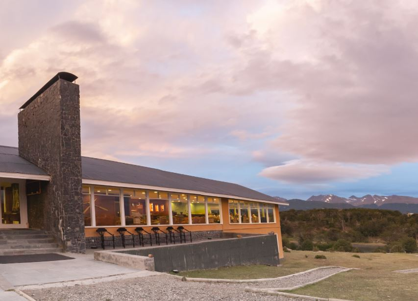lukataia lodge puerto williams