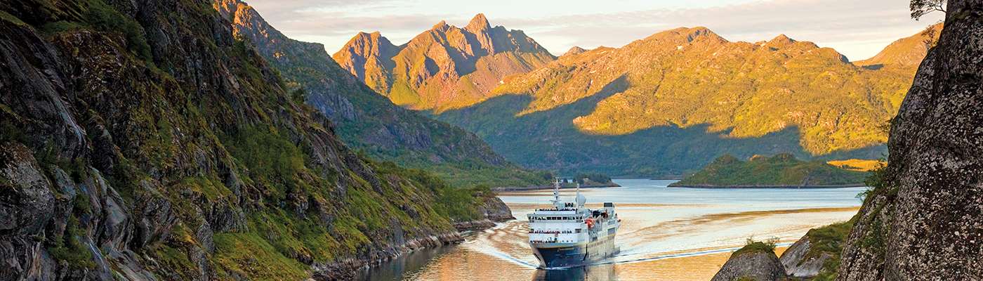 national geographic endurance luxury norway cruise spitsbergen polar bear cruise