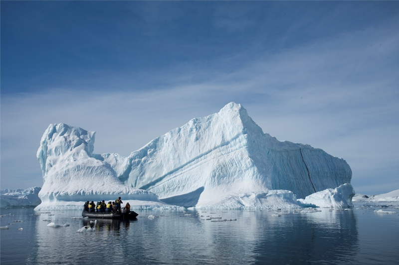 %c2%a9 andrew halsall antarctic  peninsula zodiac cruisecourtesy of aurora expeditions