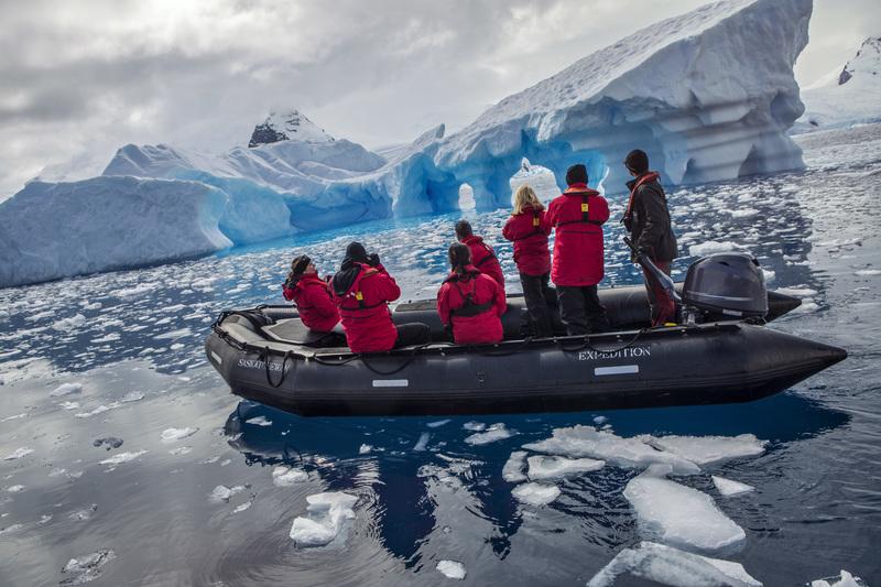 Antarctica cierva cove iceberg zodiac cruise travellers   1n9a5650 lg rgb